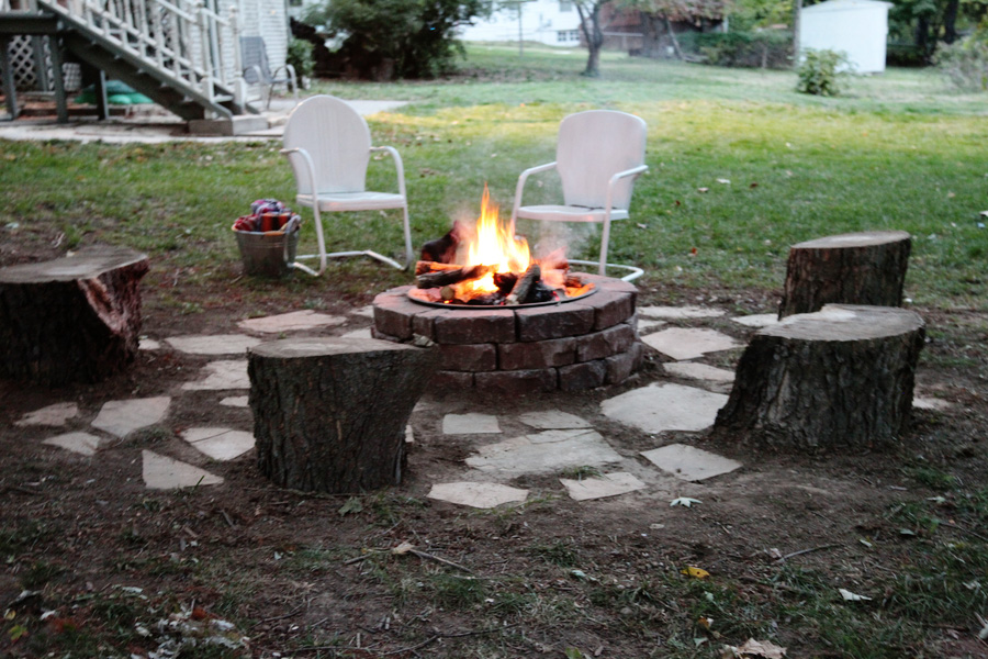 How to diy a stone brick firepit