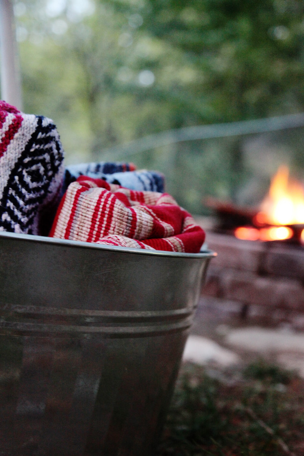 how to host the best bonfire ever
