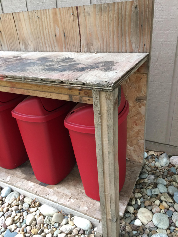 How to stain and seal an outdoor potting bench