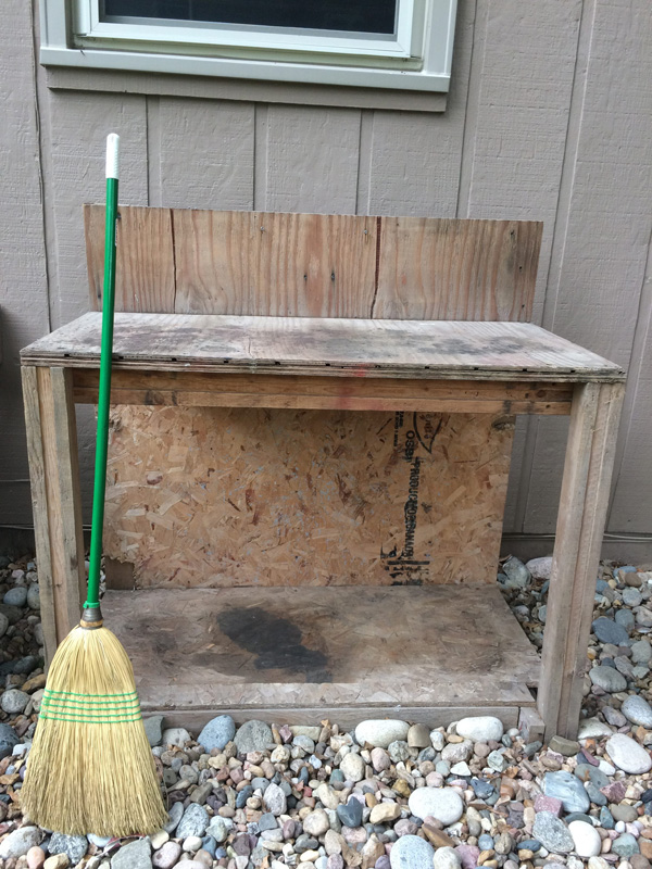 How to stain a potting bench