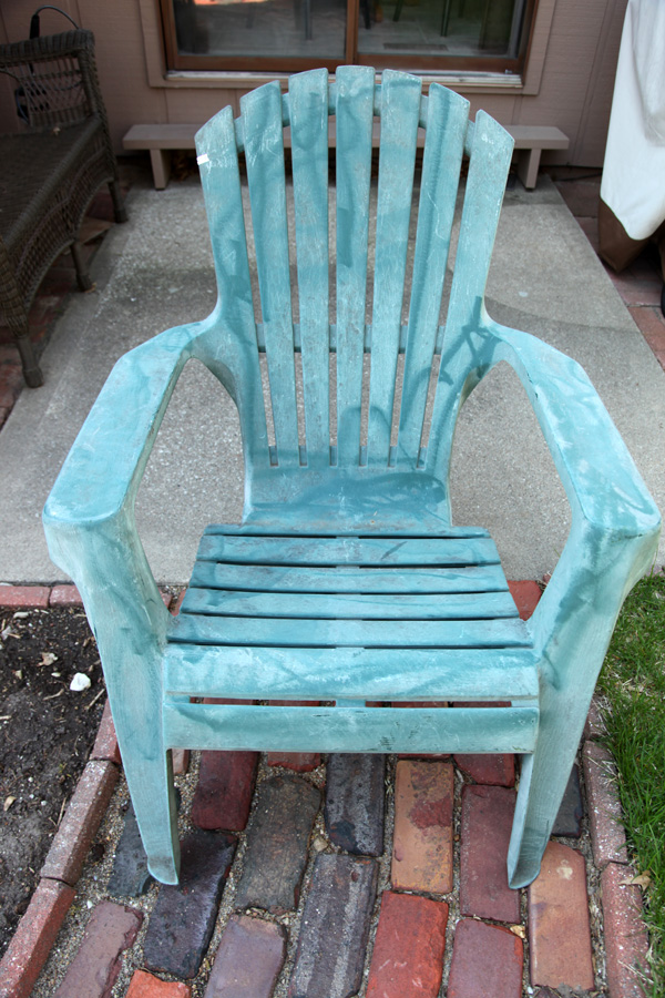 How To Use WD 40 To Make Old Outdoor Furniture Look New